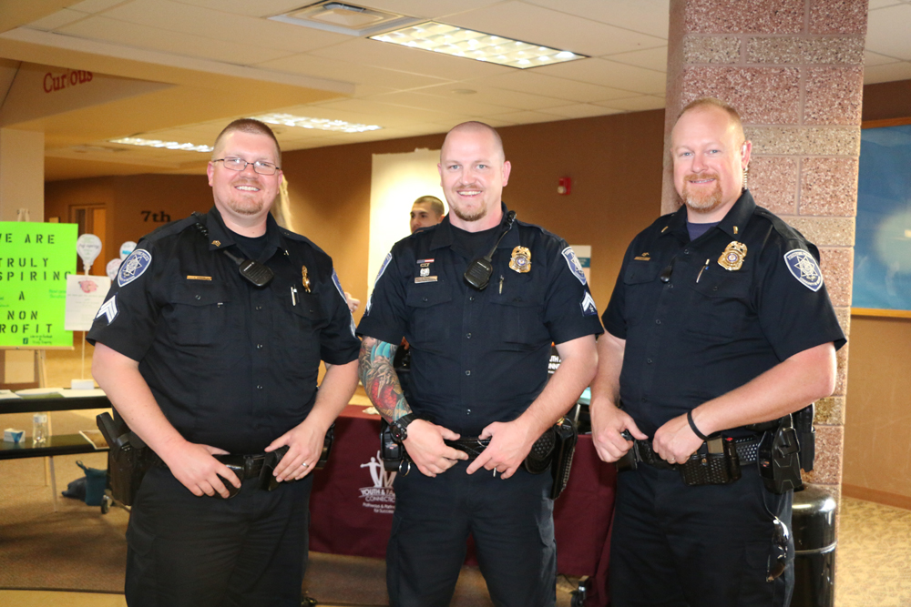 2016 Meet and Greet police officers