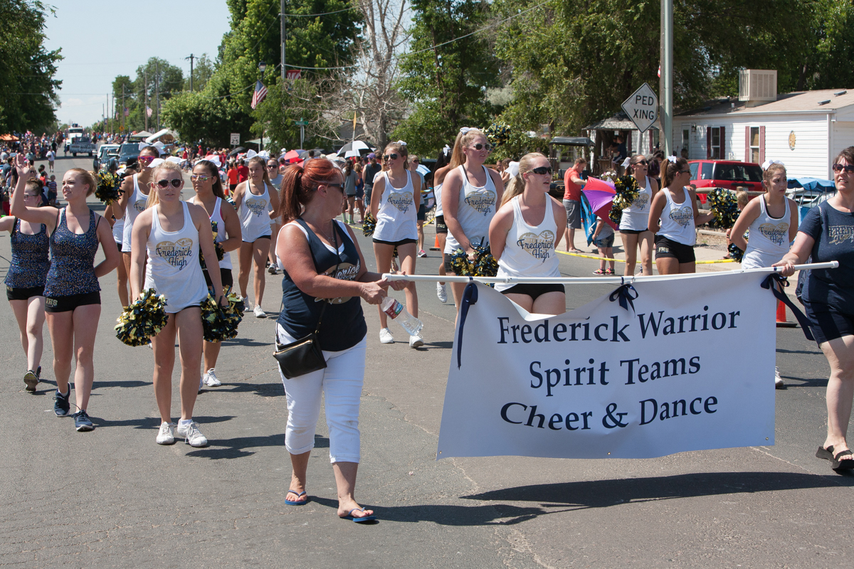 Frederick Warrior Spirit Teams Cheer and Dance in parade